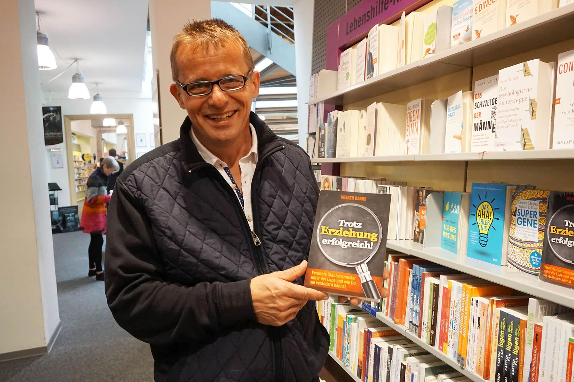 Volker Baars und sein Buch 'Trotz Erziehung erfolgreich'
